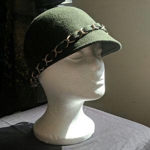 Vintage style Irish wool cap flapper cloche paddy
